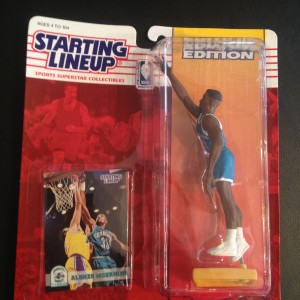 Alonzo Mourning Charlotte Hornets 1994 Starting Lineup Toy Figure NBA