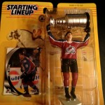 1998 Joe sakic colorado avalanche starting lineup toy figure with stanley cup