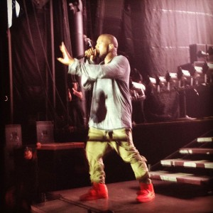 kanye-west-nike-air-yeezy-2-red-05