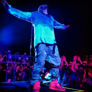 kanye-west-nike-air-yeezy-2-red-06