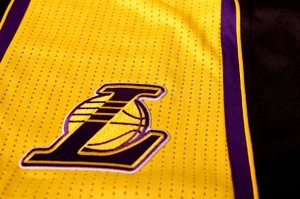los-angeles-lakers-hollywood-nights-black-alternate-uniforms-07