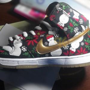 Nike dunk sb high black ugly christmas sweater