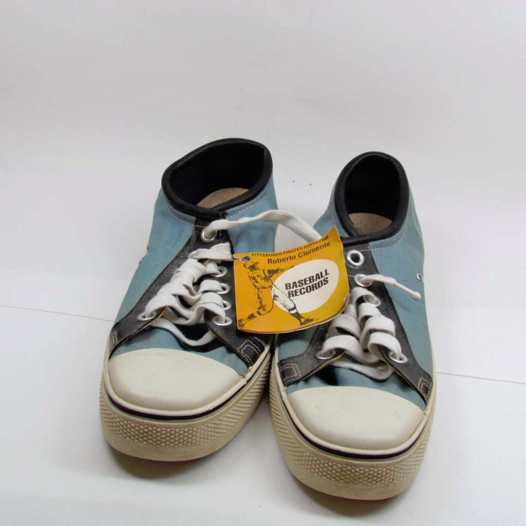 vintage roberto clemente sneakers