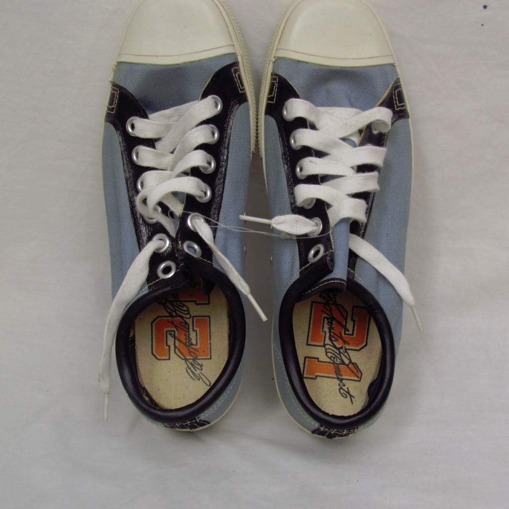 roberto clemento sig sneakers vintage