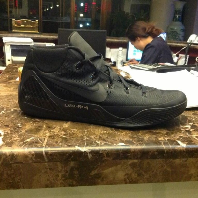 Nike Zoom Kobe XI 9 mid wear test sample release date