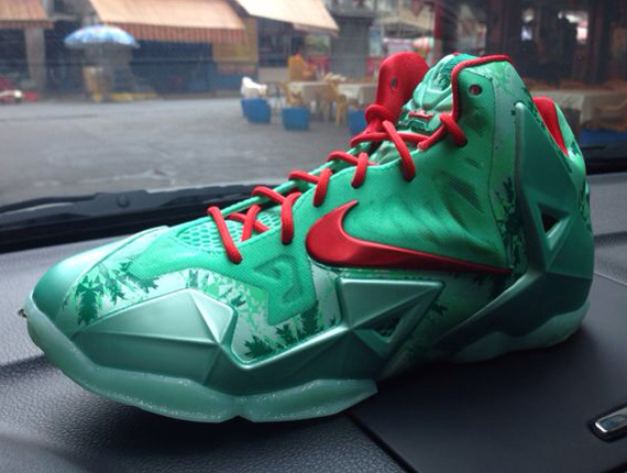 Nike-Lebron-XI-Christmas edition release date