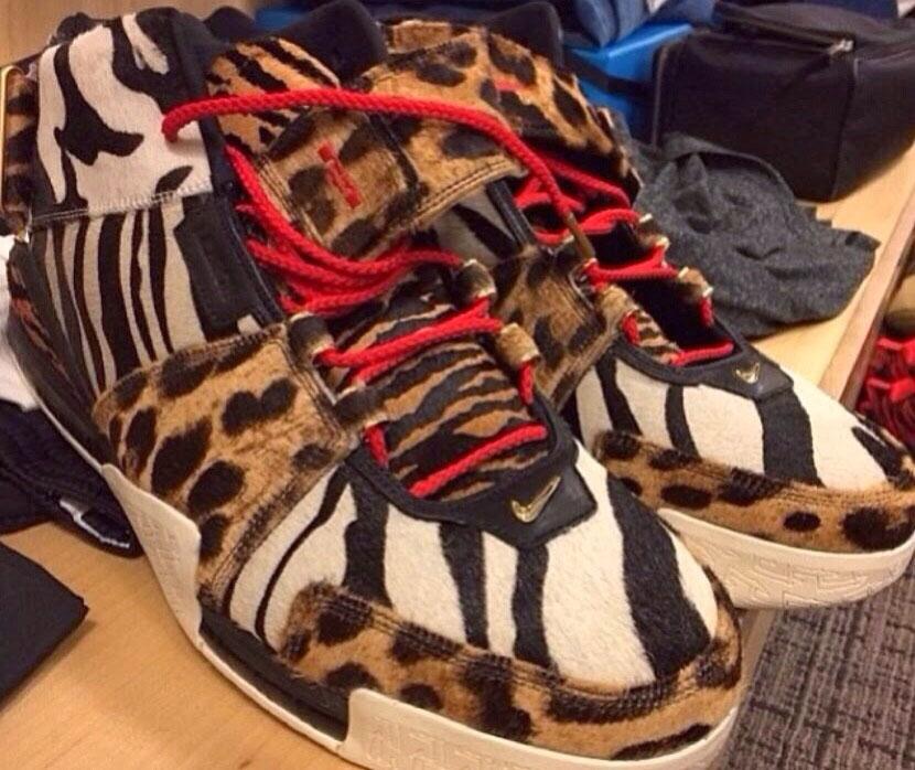 nike lebron james leopard
