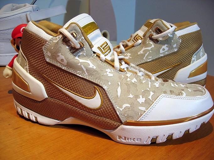 Original Nike Air Zoom Generation Lebron retro