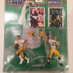 1997 brett favre bart starr green bay packers starting lineup classic doubles toy set
