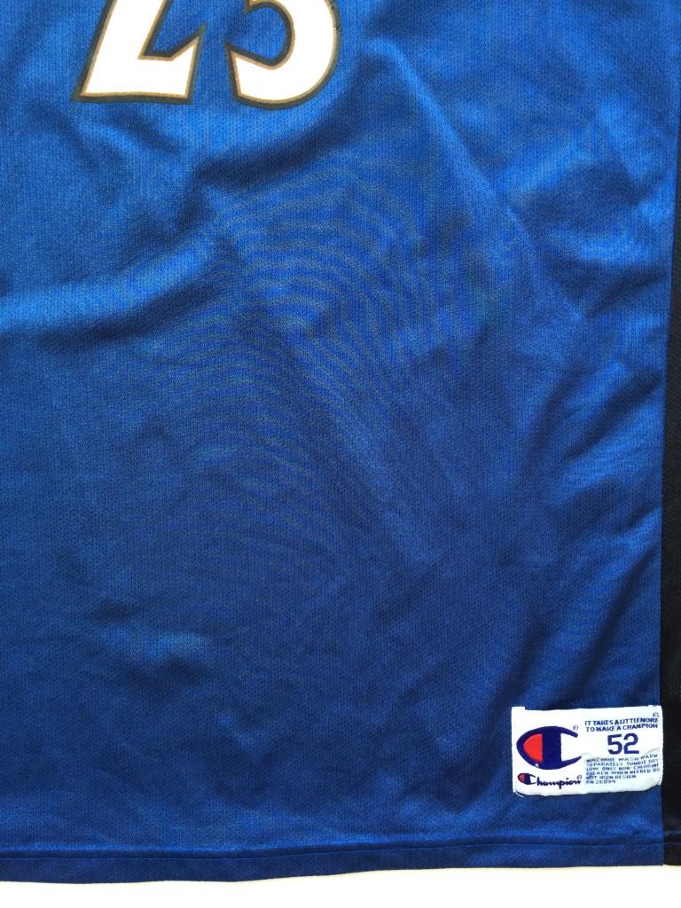 53f2668af michael jordan washington wizards throwback jersey size XXL 52. IMG 4504