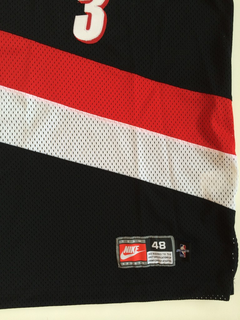 e1e45cc6ea0 vintage damon stoudamire portland trailblazers nike authentic nba jersey  size 48. IMG 8766