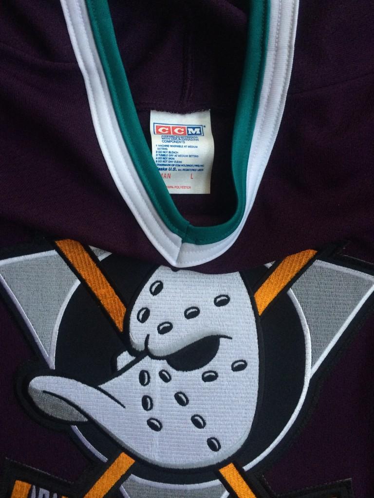 1993 Anaheim Mighty Ducks CCM NHL Hockey Jersey Size Large  d5c5bbef2e3