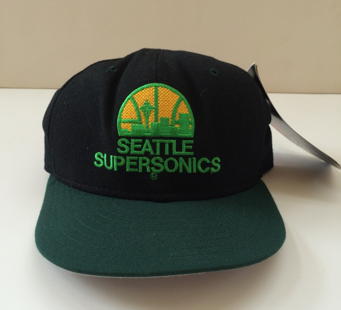 e8a26b8f36ee4 Vintage Seattle Supersonics NBA New Era Fitted Hat Size 7