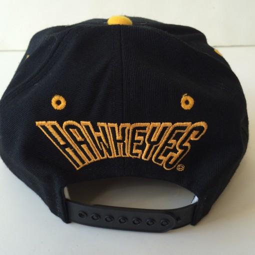 vintage Iowa hawkeyes ncaa snapback hat