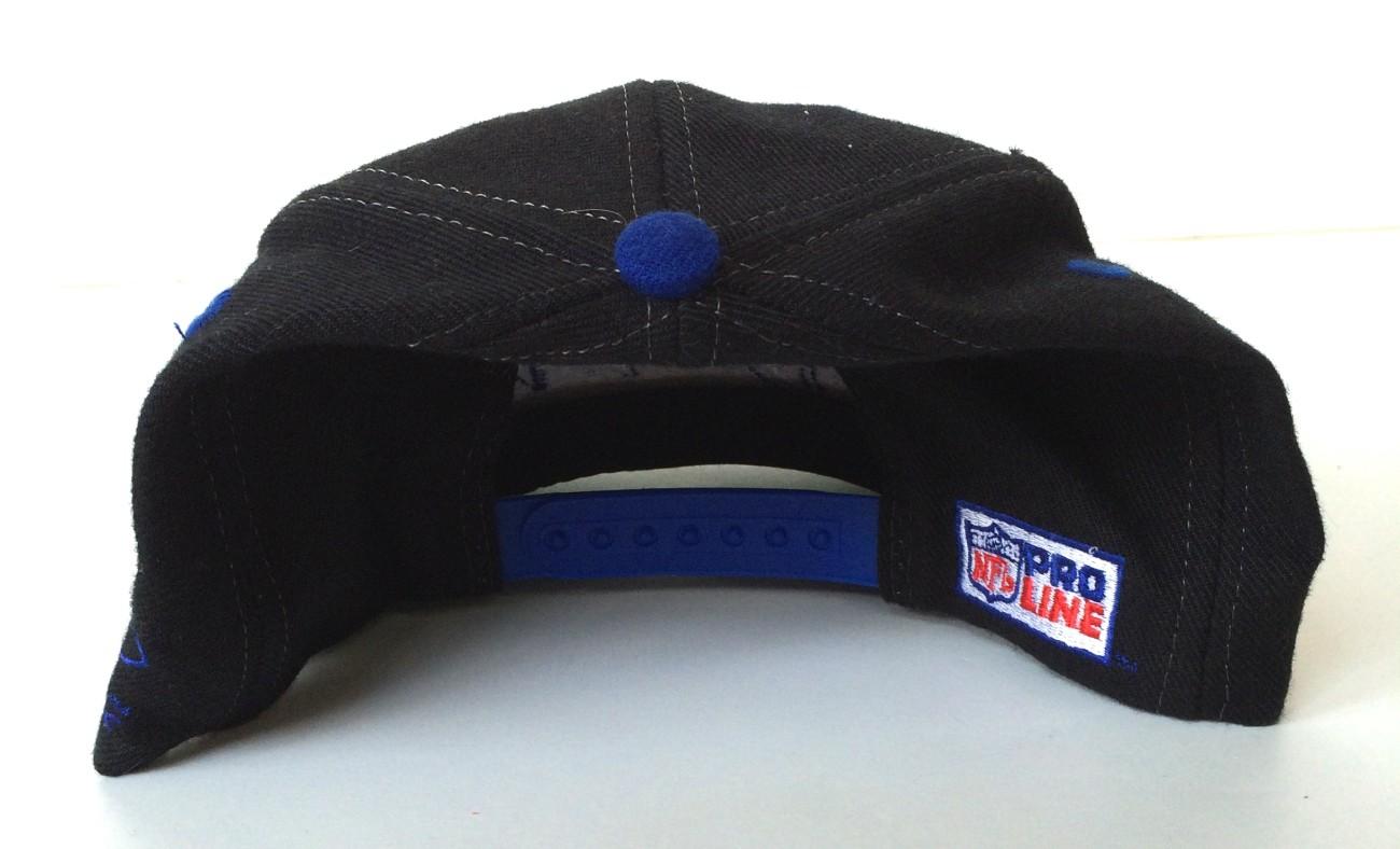 d70f56c4c vintage 90 s Buffalo bills logo athletic shark tooth snapback hat. IMG 4759