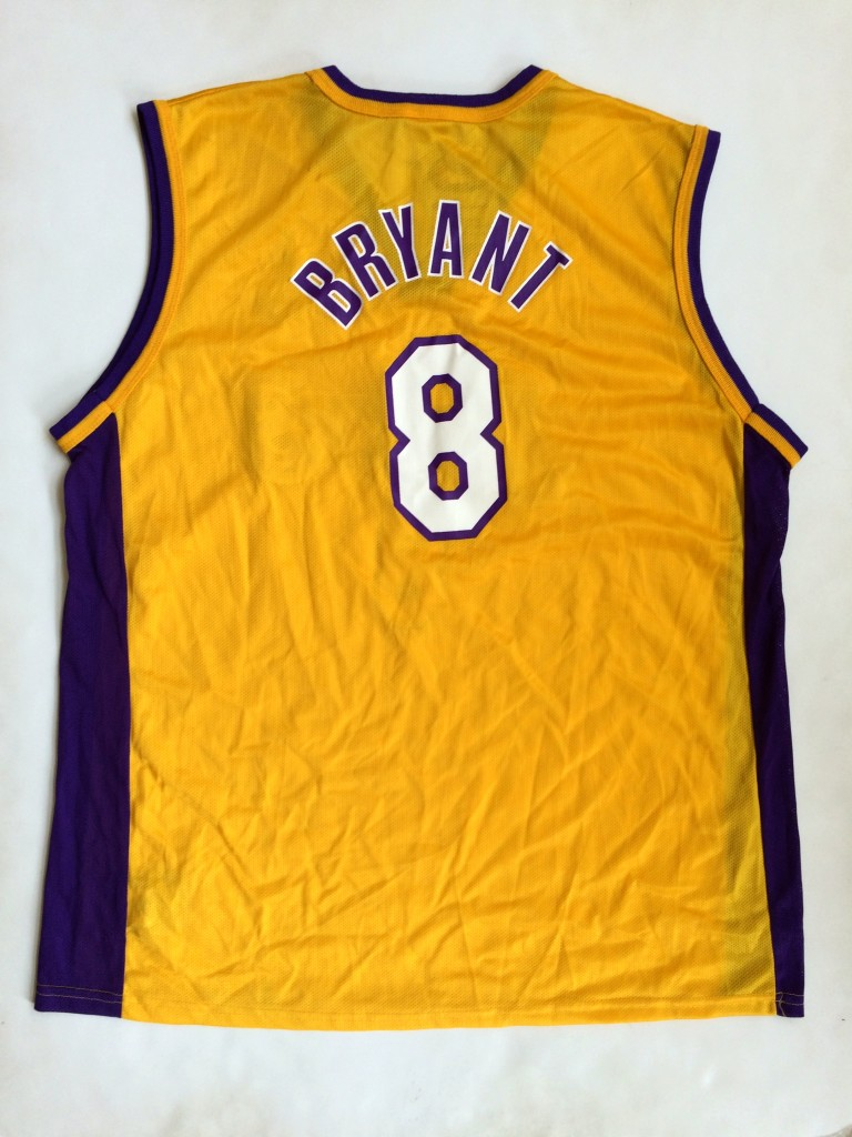 77f21a55369 2001 Kobe Bryant Los Angeles Lakers Champion NBA Jersey Size 44 ...