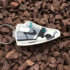 vintage 80's nike air trainer I keychain