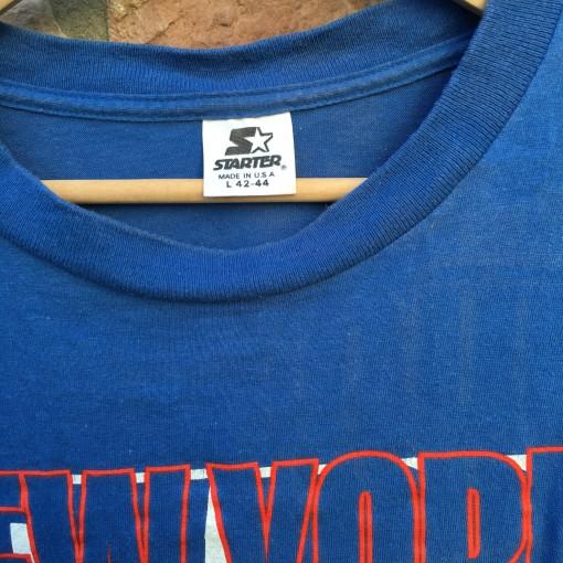 size large vintage Starter T Shirt