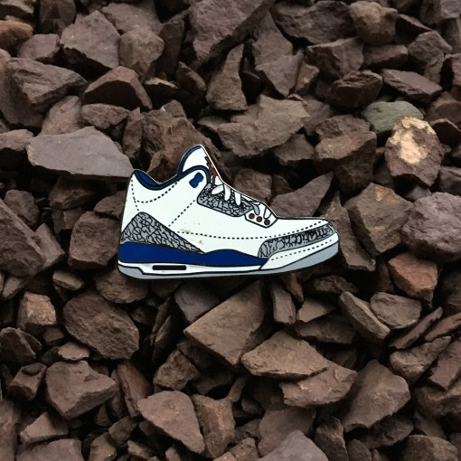 Air Jordan III true blue sneaker pin