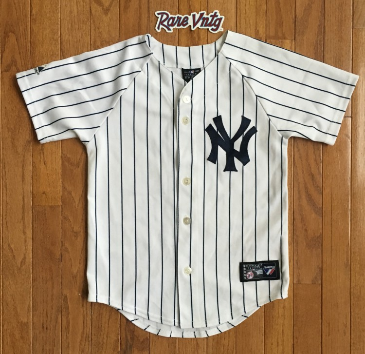2d7806d5c Derek Jeter NY Yankees Majestic MLB Jersey Youth Size Small | Rare Vntg