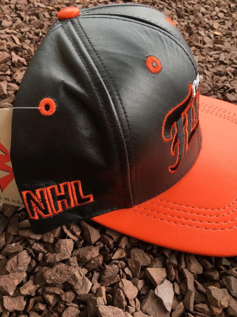 7041a262e55 90 s Philadelphia Flyers Leather NHL Snapback Hat
