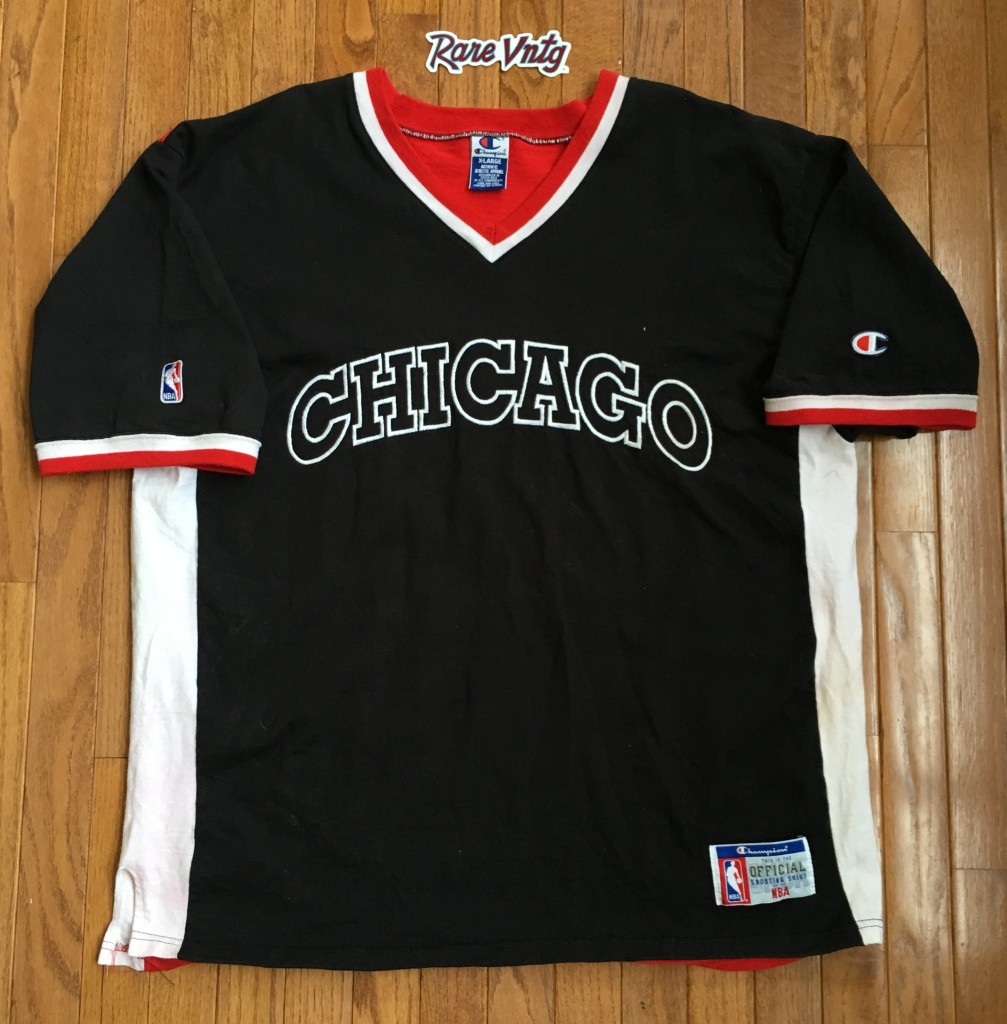 1dc74f99d66f6f Vintage 90's Chicago Bulls Champion Authentic Shooting shirt size XL