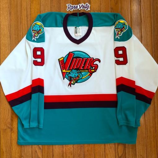 1997-98 Gordie Howe Detroit Vipers AHL jersey