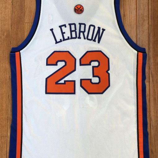 2010 Lebron James New York Knicks NBA Jersey Size 44 ...Lebron James Knicks Uniform
