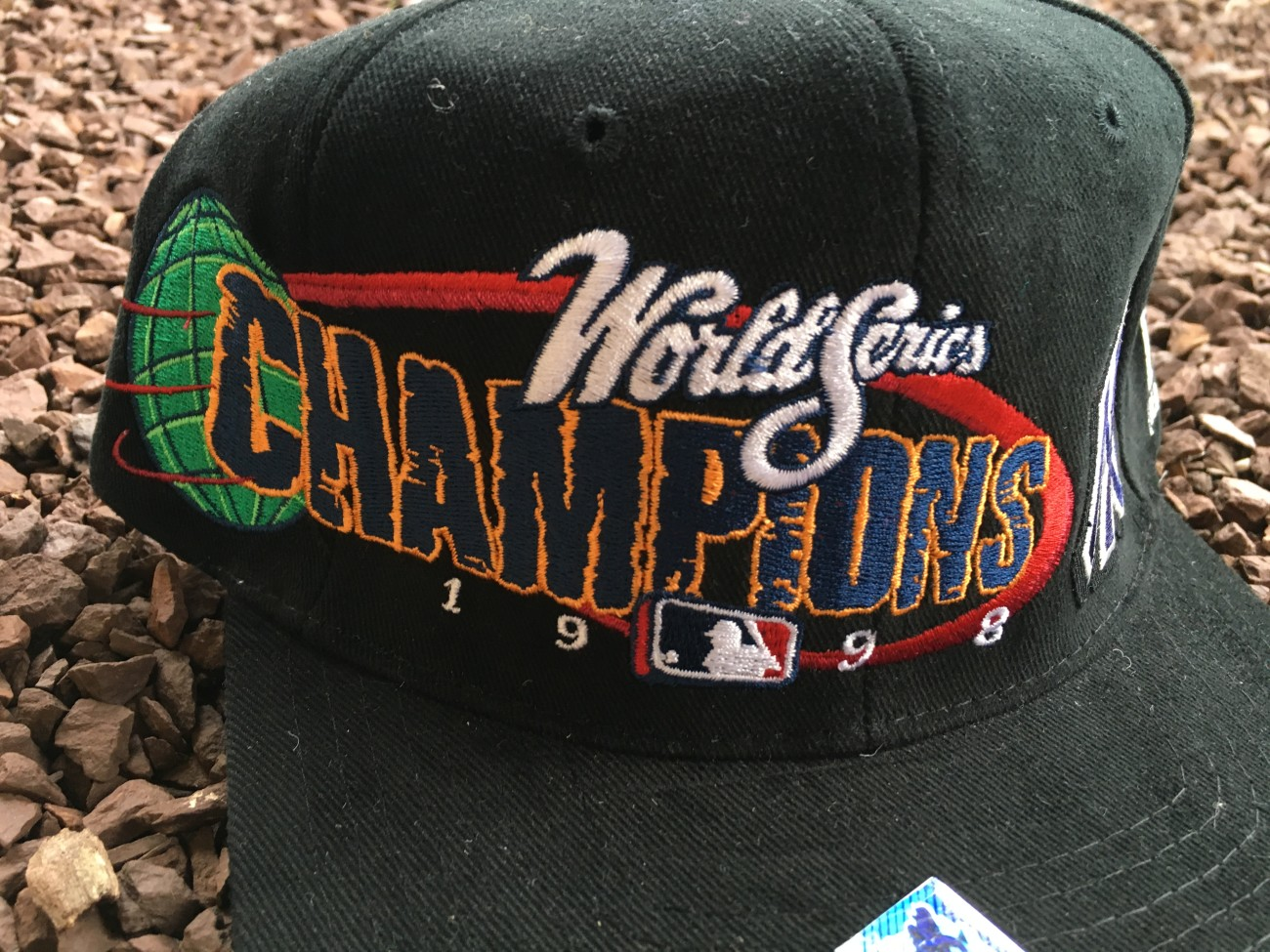 8a96ad240 1998 New York Yankees World Series Champions New Era MLB Snapback ...