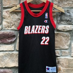 Vintage Portland Trail Blazers Clyde Drexler Champion Jersey