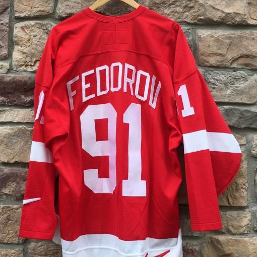 Vintage Sergei Fedorov Detroit Redwings NIke NHL jersey size XL