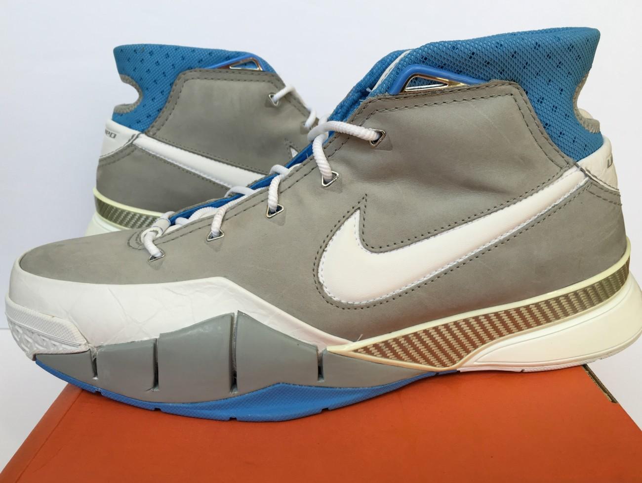 8dc9edce6fa9 OG Nike Zoom Kobe 1 Sneakers MPLS Minneapolis Lakers Size 12