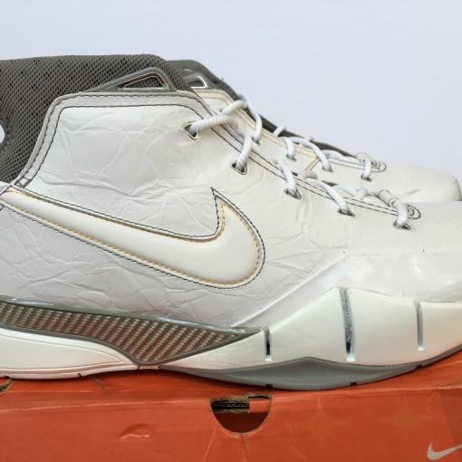 Nike zoom kobe 1 OG size 12