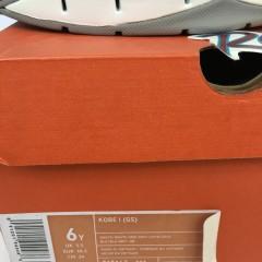 original nike zoom kobe bryant 1 sneakers size 6