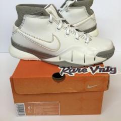 nike zoom kobe 1 white canyon gold sneakers size 6.5