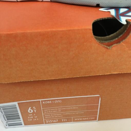 deadstock zoom kobe 1 sneakers size 6.5