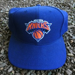 Vintage 90's New York Knicks NBA snapback hat