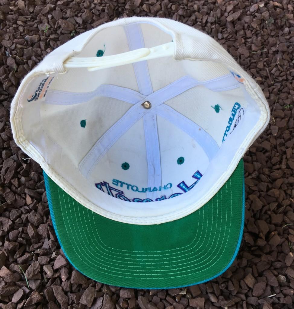 ebc8eb072cd70 90 s Charlotte Hornets Sports Specialties Script NBA Snapback Hat ...