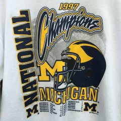 1997 National Champions Michigan Wolverines football shirt charles woodson