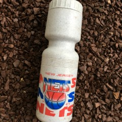vintage 90's new jersey nets nba water bottle
