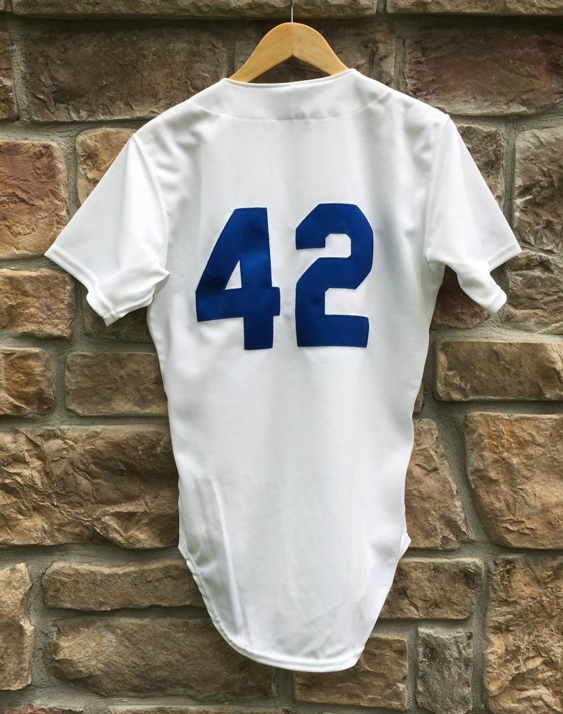 Vintage jackie robinson authentic Brooklyn Dodgers  42 jersey men s small 42d85671189