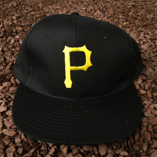 Late 80's Pittsburgh Pirates MLB snapback hat