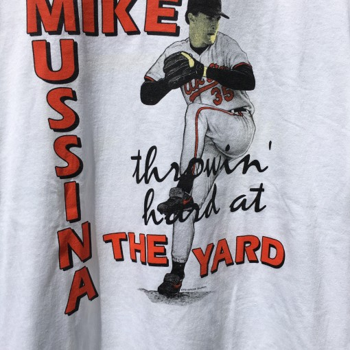 throwin' hard at the yard Mike Mussina Baltimore Orioles MLB shirt size large