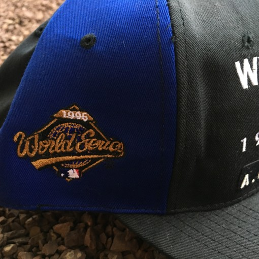 Vinage 1995 World Series snapback hat