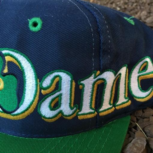 Vintage Notre Dame Fighting Irish Snapback hat