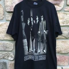Kiss Dressed to Kill vintage rock concert t shirt