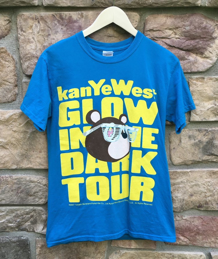 2007 kanye west glow in the dark tour concert t shirt size small rare vntg. Black Bedroom Furniture Sets. Home Design Ideas