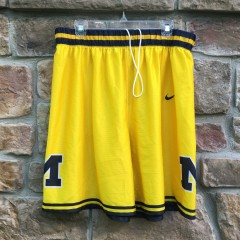 vintage 90's Michigan wolverines Fab 5 Gold short