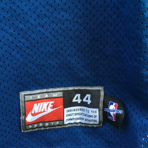 Size 44 authentic vintage Nike NBA jersey