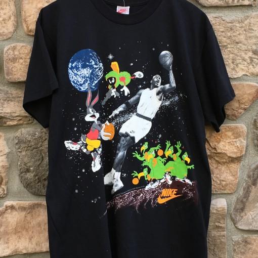 vintage 1993 looney tunes Michael jordan nike t shirt vintage thats all folks size xl